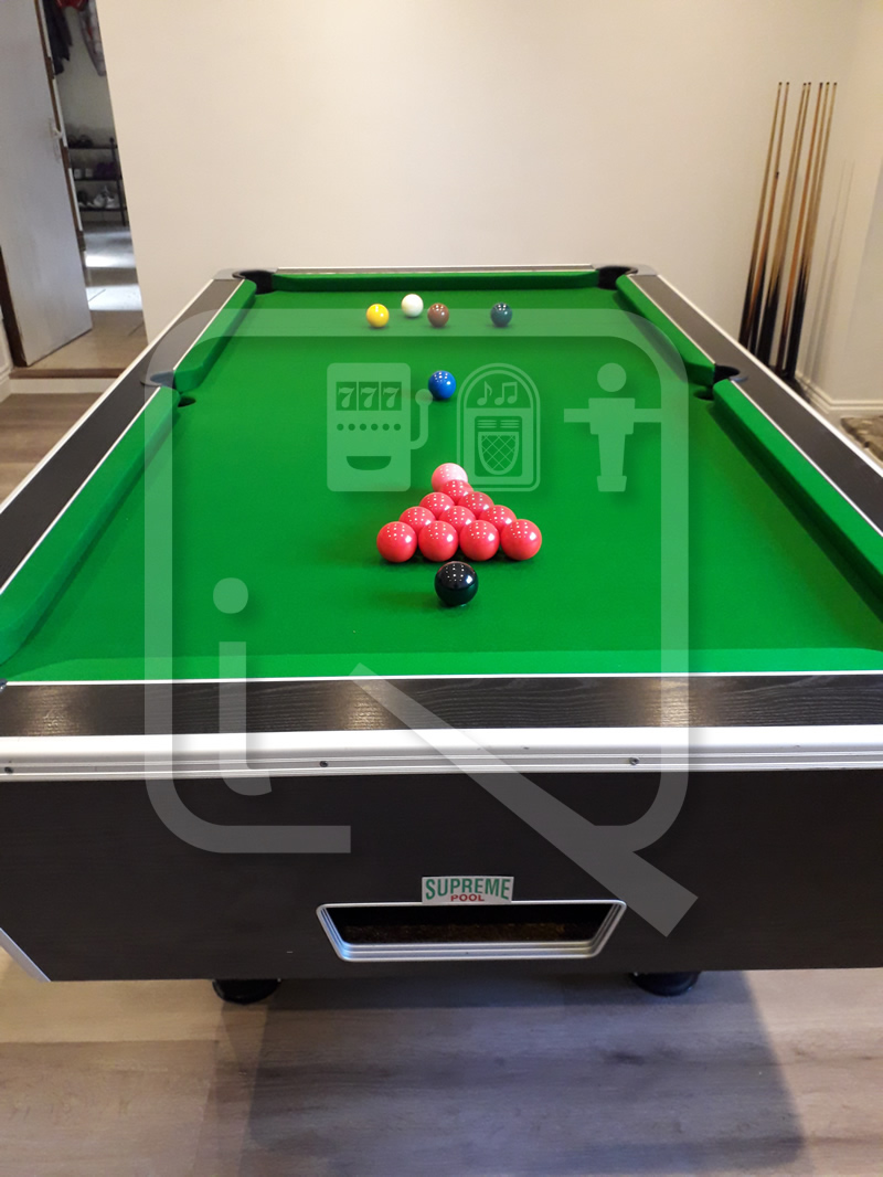 Supreme 7ft Pool Table recovered in green napped cloth