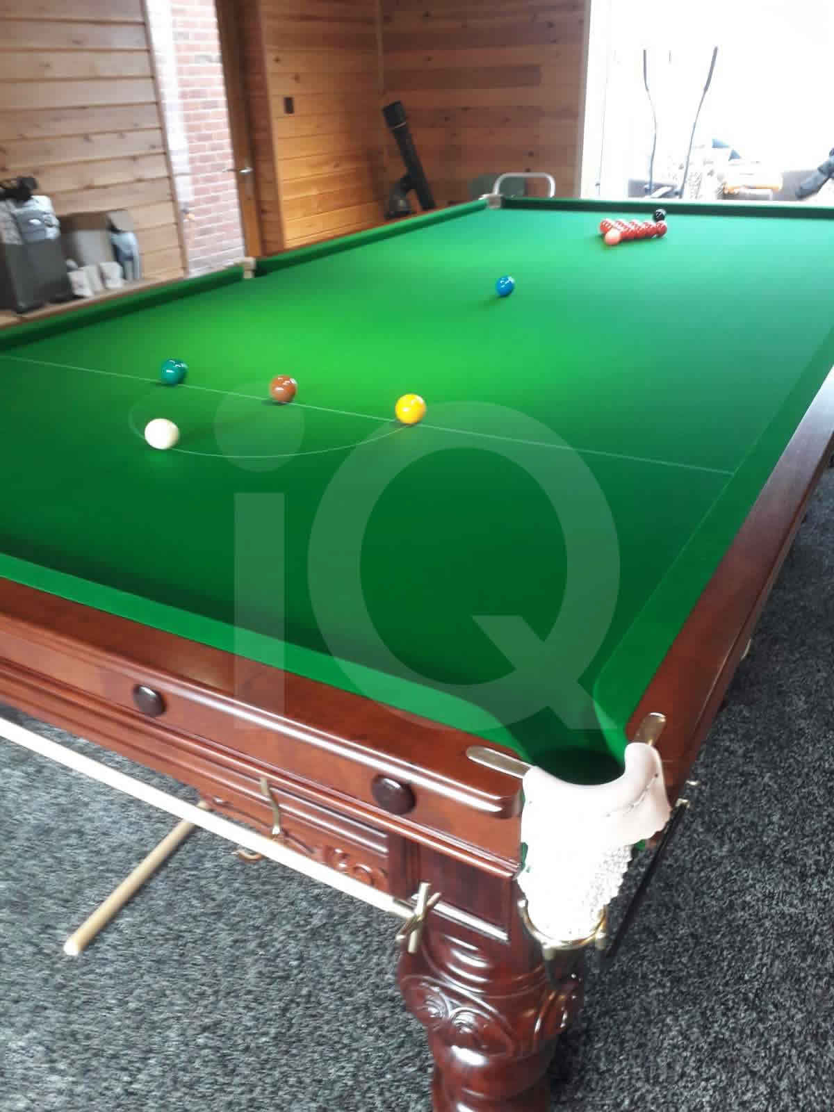 Recent Recover of a snooker table by IQ