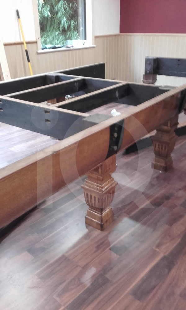 Installation of a new snooker table by IQ