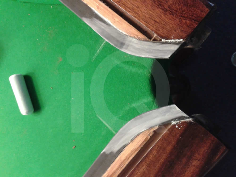 Green Snooker Table Recover